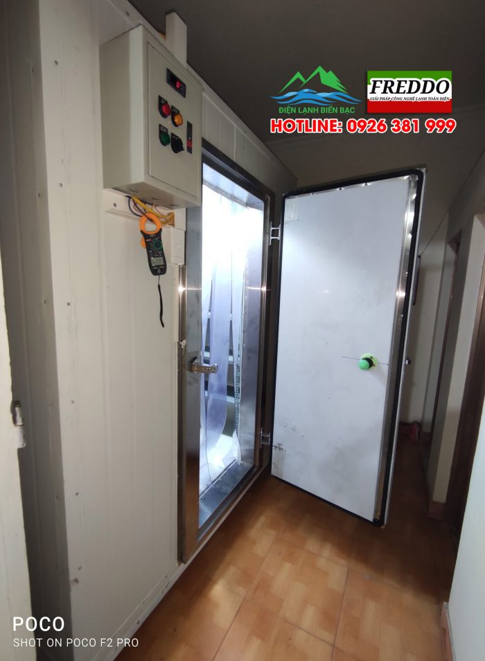 Lắp tủ điện, thiết bị cánh bảo lỗi và cửa kho lạnh