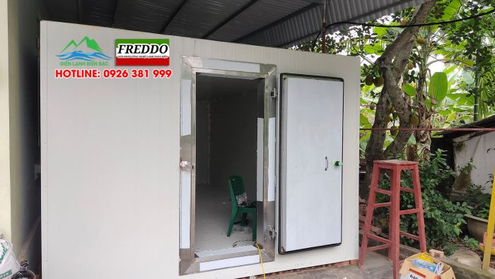 Hoàn thiện kho lạnh, lắp cửa kho lạnh và chạy máy thử nghiệm