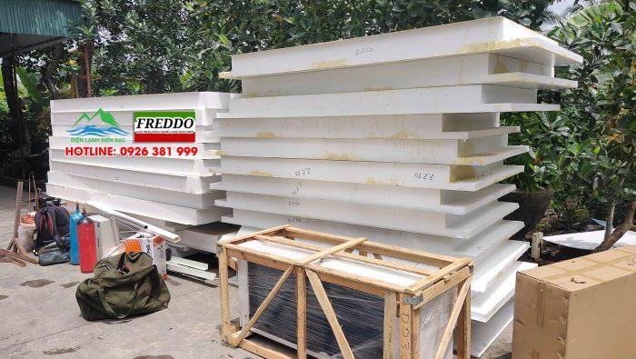 Vận chuyển và tập kết vỏ kho lạnh Panel EPS 150mm